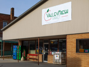 Valley Fresh Market store exterior